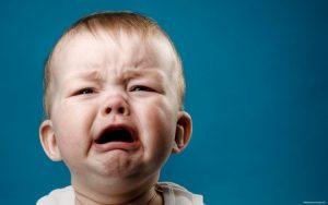 pourquoi-bébé-pleure
